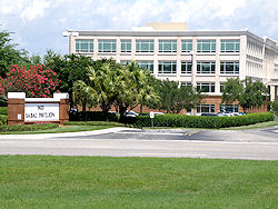 Hotels in and near sabal park tampa florida for Ford motor credit tampa