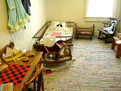 child's room at the top of the staris